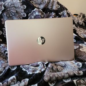 """hp 15-ef1003ds rose gold HP 15"""" Touch Laptop AMD Athlon 8GB RAM 256GB SSD for Sale in Citrus Heights, CA"""