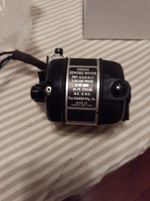 Singer Featherweight 221 Motor 210/230 volts and 220/240 volts for Sale in Fresno, CA