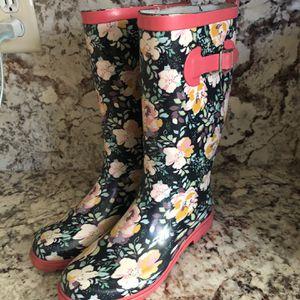 Rain Boots Size 7 for Sale in Stockton, CA