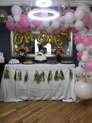 Decoración de BALLOONS/ balloon garland for Sale in North Potomac, MD