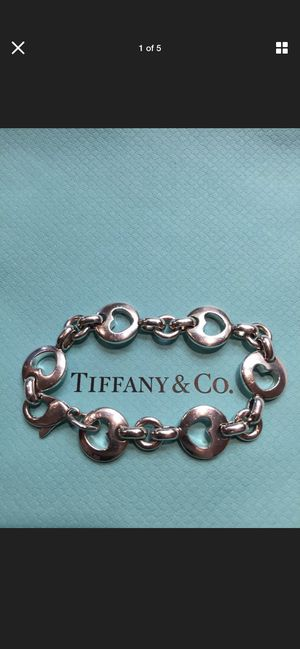 Authentic 7 in Retired Tiffany and Co bracelet. Preloved. EUC for Sale in Sterling Heights, MI