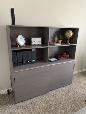 IKEA office furniture with chair for Sale in Puyallup, WA