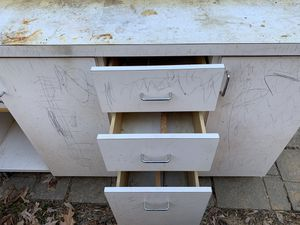 Free bench for Sale in Woodbridge, VA