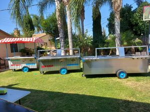 Carritos de hot dogs y hamburgesa, hot dog cart & hamburgers cart for Sale in Los Angeles, CA