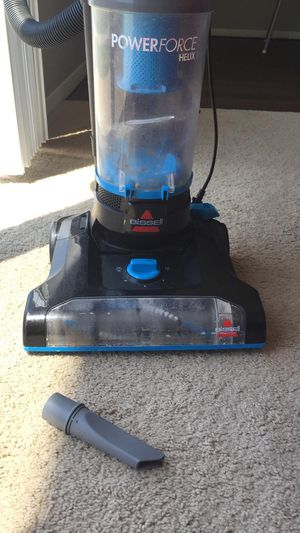 Vacuum cleaner for Sale in Cleveland, OH