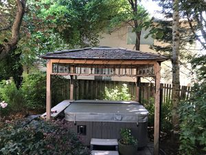 Arbor for Sale in Lake Oswego, OR
