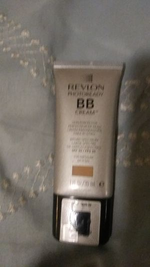 REVLON PHOTOREADY BB CREAM for Sale in San Diego, CA