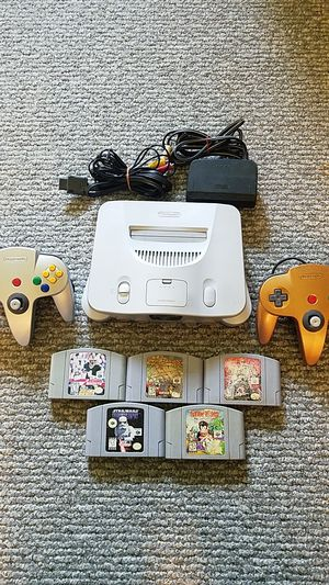 Nintendo 64 w/ 4.5 classic games & 2 controllers for Sale in Lakehurst, NJ