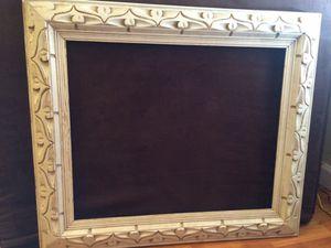 24x28 white vintage frame for Sale in Portland, OR