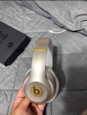 Beats headphones for Sale in Belleville, IL