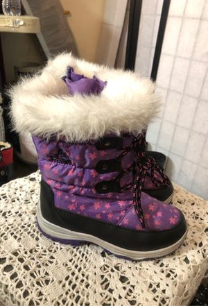 Girls snow/rain boots for Sale in Baldwin Park, CA