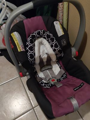 Graco infant car seat for Sale in Corpus Christi, TX