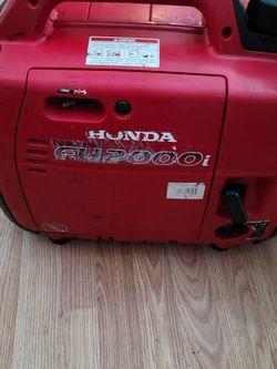 Honda 2000 Generator for Sale in Yakima,  WA