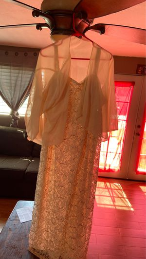 Beautiful night dress for Sale in Ontario, CA