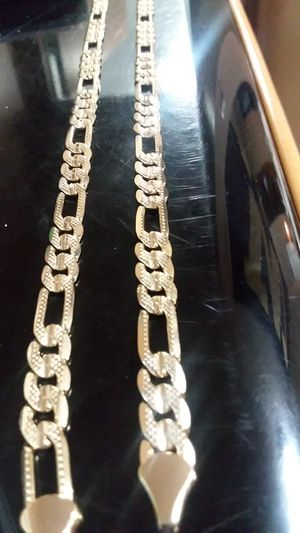 Solid gold plated chain necklace(s) 18k for Sale in Everett, WA