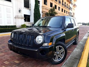 2009 Jeep Patriot 4x4 excellent condition for Sale in Orlando, FL