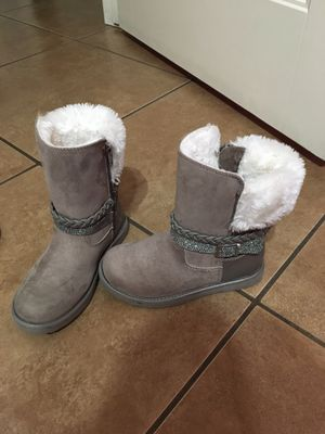 Just like knew girls winter boots for Sale in Mission, TX