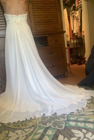 Wedding dress size 8 for Sale in Brandon, FL