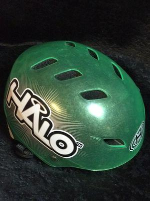 Halo bicycle helmet green! New! for Sale in Savannah, GA