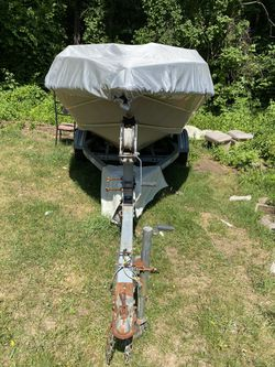 Boat.. NEED GONE for Sale in Southbridge,  MA