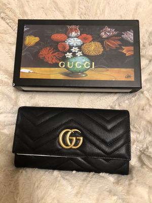 Black Gucci wallet available $250 for Sale in Chino, CA