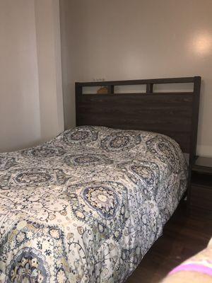 Queen bedroom set with mattress for Sale in Detroit, MI