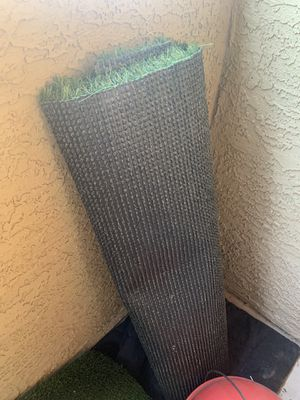 6x3 Emerald fake grass for Sale in Tempe, AZ