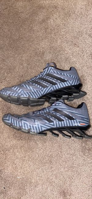 Adidas size 10 springblades for Sale in Maryville, IL