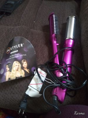 (IN STYLER) ROTATING IRON for Sale in Richmond, CA