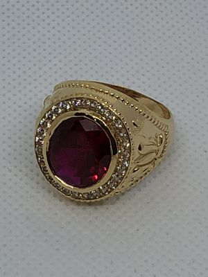 Yellow gold ring 14kt for Sale in Miami, FL