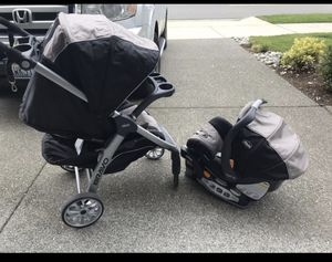 Chicco Bravo Travel System / Car Seat and Stroller for Sale in Lake Stevens, WA