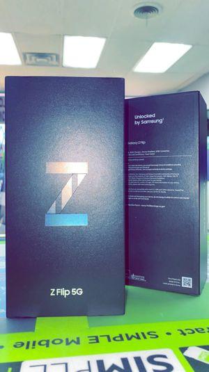 Samsung Galaxy Z FLIP 5G 256GB Factory Unlocked, Brand New in Box! One Year Warranty! for Sale in Arlington, TX