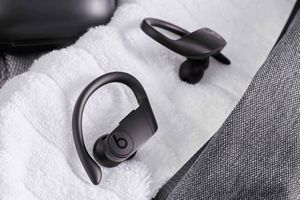 Powerbeats Pro 🔥🔥🔥Today s deal 🔥🔥🔥$180 for Sale in Opa-locka, FL