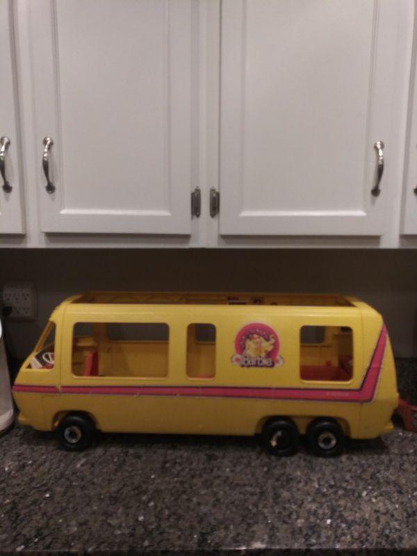 1976 Vintage Barbie Star Traveler Motor Home RV Camper