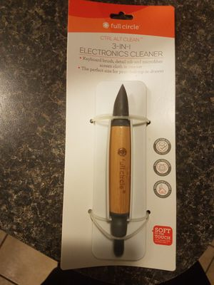 (New) 3 in 1 Electronics Cleaner for Sale in Providence, RI