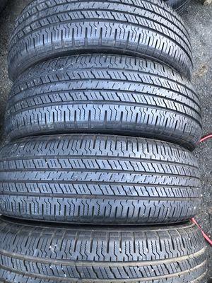 Set 4 usted tire 225/65R17 HANKOOK one used tire have patch set 4 used tire $120 4 llantas usadas 225/65R17 HANKOOK una tiene parche por las 4 $120 for Sale in Alexandria, VA