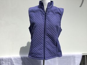 Women's vest size large for Sale in Darrington, WA