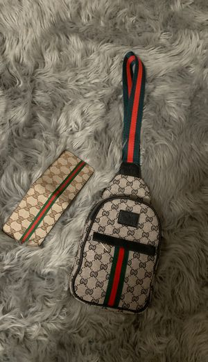 Gucci/Gucci Wallet leather for Sale in Lakewood, WA