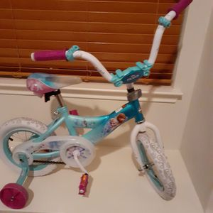 Little Girls Disney Bike for Sale in Plano, TX
