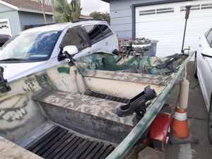 Fishing 12ft valco aluminum boat motors and trailer for Sale in Dixon, CA