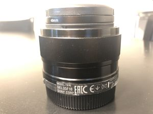 Sony SEL35F18 35mm f/1.8 prime fixed lens for Sale in Seattle, WA