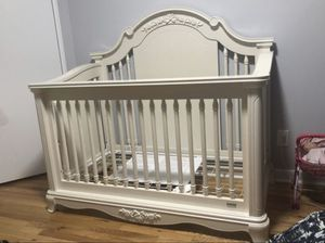 Crib bed for Sale in Brooklyn, NY