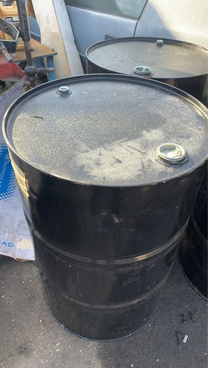 Used 55 gallon drums for Sale in Gardena, CA
