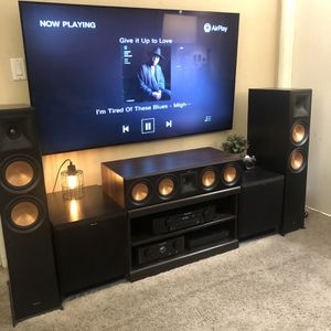 Klipsch rp504c center channel speaker for Sale in Beverly Hills, CA