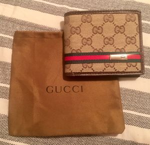 Men's Authentic Gucci Wallet for Sale in Hyattsville, MD
