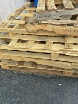 Free Pallet for Sale in Los Angeles,  CA