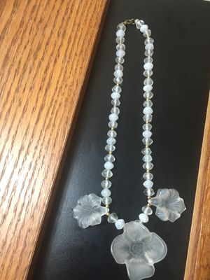 "20"" Clear & Frosted Flower Necklace for Sale in US"