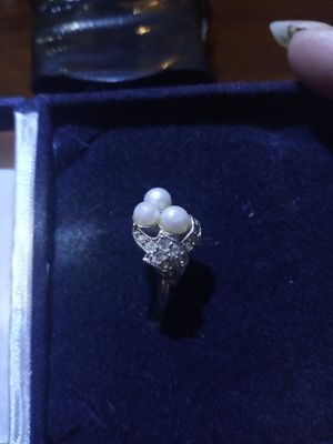 Pearl cluster ring for Sale in Akron, OH