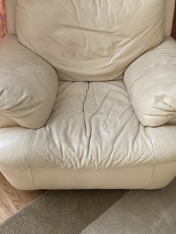 Genuine Real Leather Chair for Sale in Raleigh,  NC