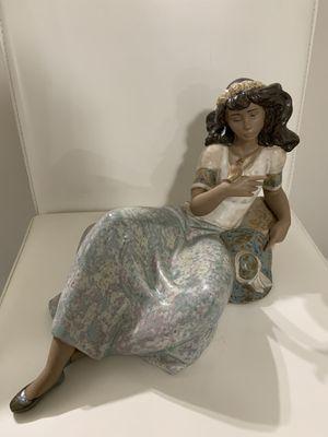 LLADRO Original porcelain Figurine for Sale in Miami, FL